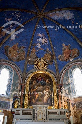 Detalhe do altar da Igreja La Collégiale Notre Dame dAlidon (século XVI)  - Oppède - Departamento de Vaucluse - França