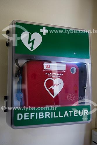 Detalhe de desfibrilador para uso emergencial  - Gordes - Departamento de Vaucluse - França
