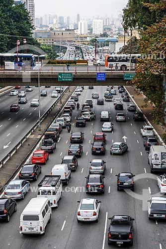 Tráfego no Viaduto Jaceguai  - São Paulo - São Paulo (SP) - Brasil