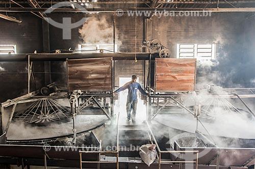 Fábrica de farinha de mandioca  - Lupércio - São Paulo (SP) - Brasil