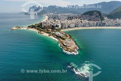 Foto aérea do antigo Forte de Copacabana (1914-1987), atual Museu Histórico do Exército com a Pedra da Gávea ao fundo  - Rio de Janeiro - Rio de Janeiro (RJ) - Brasil