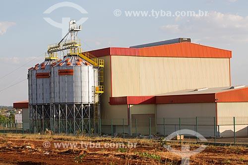Usina de cana-de-açúcar próximo a cidade de Itauçu  - Itauçu - Goiás (GO) - Brasil
