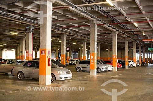 Estacionamento do Shopping Passeio das Águas  - Goiânia - Goiás (GO) - Brasil