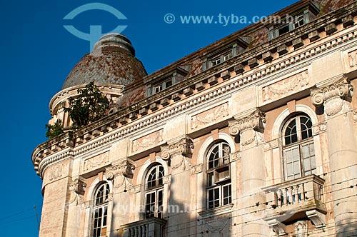 Detalhe da Secretaria de Finanças da cidade de Pelotas - antiga sede do Banco do Brasil  - Pelotas - Rio Grande do Sul (RS) - Brasil