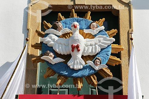 Detalhe de decoração para a festa do divino na Igreja de Nossa Senhora das Dores (1820)  - Paraty - Rio de Janeiro (RJ) - Brasil