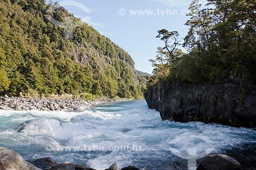 Leito do Rio Petrohué  - Província de Osorno - Chile