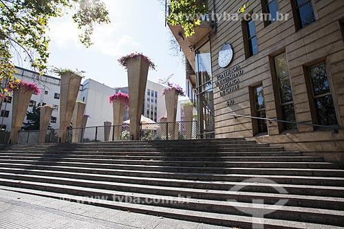 Fachada da Pontificia Universidad Católica de Chile (Pontifícia Universidade Católica do Chile)  - Santiago - Província de Santiago - Chile