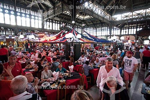 Mesas de restaurantes no Mercado Central de Santiago  - Santiago - Província de Santiago - Chile