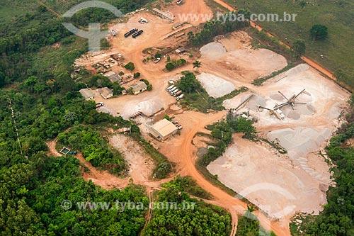 Foto aérea de mina de concreto na periferia da cidade de Tucumã  - Tucumã - Pará (PA) - Brasil