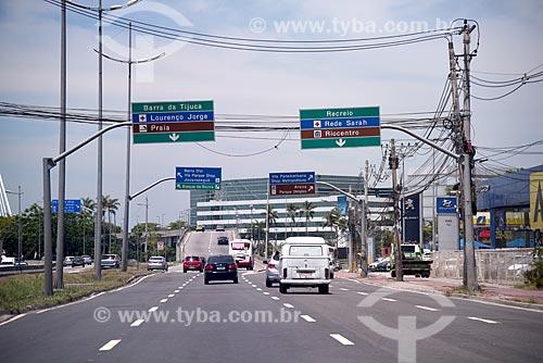 Tráfego na Linha Amarela  - Rio de Janeiro - Rio de Janeiro (RJ) - Brasil
