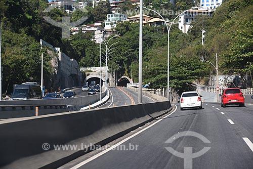 Ponte da Joatinga com o Túnel do Joá ao fundo  - Rio de Janeiro - Rio de Janeiro (RJ) - Brasil