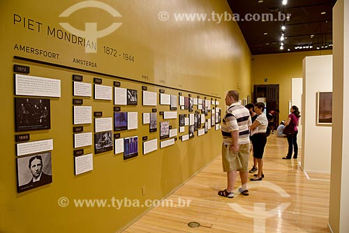 Fotografias em exibição durante exposição de Piet Mondrian no Centro Cultural Banco do Brasil  - Rio de Janeiro - Rio de Janeiro (RJ) - Brasil