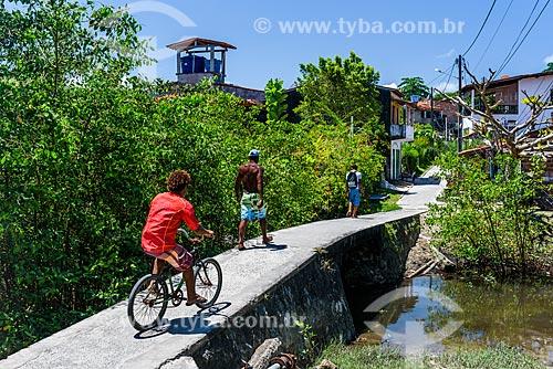 Casas próximo à manguezal na Vila de Velha Boipeba  - Cairu - Bahia (BA) - Brasil