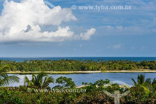 Vista da Lagoa do Cassange com a Praia do Cassange ao fundo  - Maraú - Bahia (BA) - Brasil
