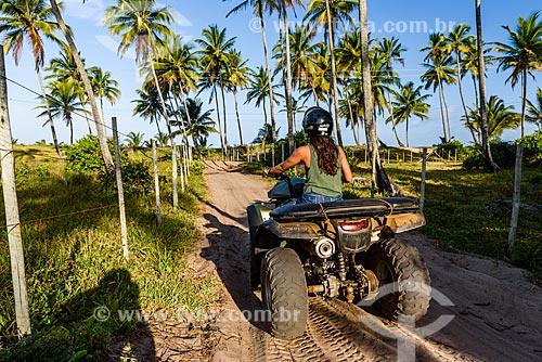 Quadriciclo em trilha próxima à Praia do Cassange  - Maraú - Bahia (BA) - Brasil
