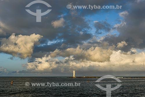 Vista do Farol da Ponta do Xaréu durante o pôr do sol  - Itacaré - Bahia (BA) - Brasil