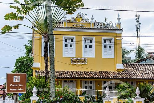 Antigo Casarão Amarelo - casario da época de ouro do cacau - atualmente Restaurante Casarão Amarelo  - Itacaré - Bahia (BA) - Brasil