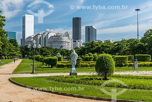 Praça Paris (1926) com os prédios do centro do Rio de Janeiro o fundo  - Rio de Janeiro - Rio de Janeiro (RJ) - Brasil
