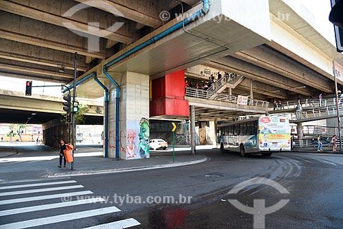 Rua Francisco Batista sob o Viaduto Prefeito Negrão de Lima (1960)  - Rio de Janeiro - Rio de Janeiro (RJ) - Brasil