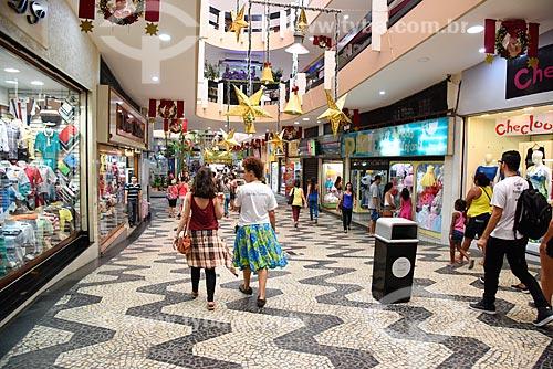 Lojas no interior do Shopping São Luíz - também conhecido como Shopping dos Peixinhos  - Rio de Janeiro - Rio de Janeiro (RJ) - Brasil