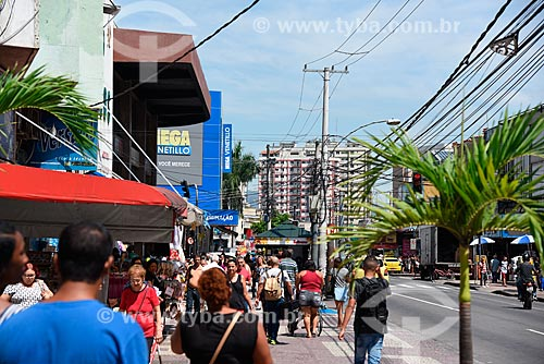 Lojas na Estrada do Portela  - Rio de Janeiro - Rio de Janeiro (RJ) - Brasil