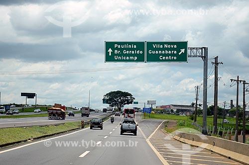 Sinalização na Rodovia Santos Dumont (SP-075)  - Campinas - São Paulo (SP) - Brasil