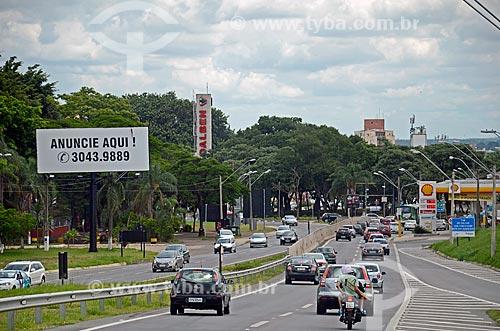 Tráfego na Rodovia Santos Dumont (SP-075)  - Campinas - São Paulo (SP) - Brasil