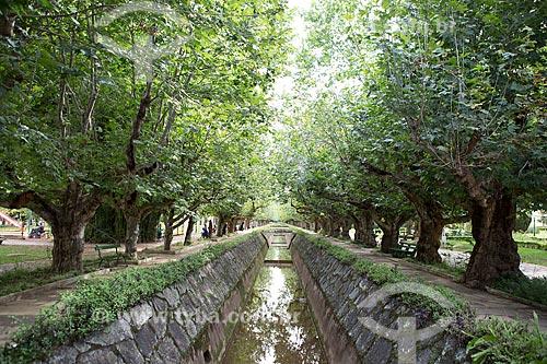 Canal no Parque Dr. Lisandro Carneiro Guimarães (Parque das Águas de Caxambu)  - Caxambu - Minas Gerais (MG) - Brasil