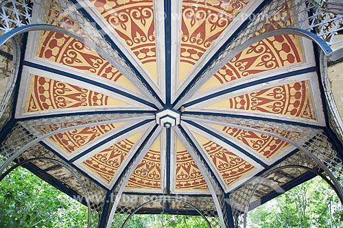 Detalhe da Fonte Dona Leopoldina (1912) - projeto da Societé Anonyme des Aciéries DAngleur de Tilleur na Bélgica - no Parque das Águas de Caxambu  - Caxambu - Minas Gerais (MG) - Brasil
