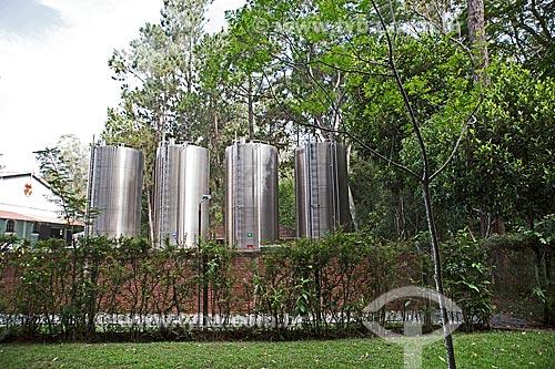 Indústria de envasamento da Água Caxambu no Parque Dr. Lisandro Carneiro Guimarães (Parque das Águas de Caxambu)  - Caxambu - Minas Gerais (MG) - Brasil