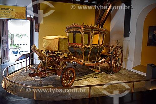 Carruagem do Século XVIII que pertenceu à Família Imperial Brasileira - parte da exposição permanente do móvel ao automóvel - no Museu Histórico Nacional  - Rio de Janeiro - Rio de Janeiro (RJ) - Brasil
