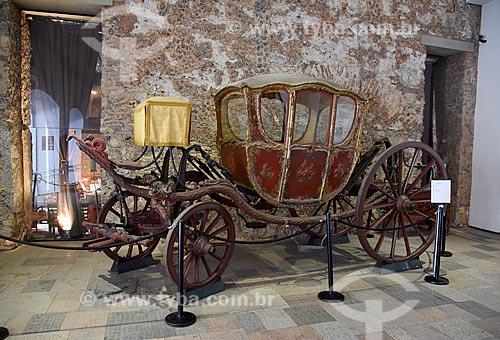 Carruagem - parte da exposição permanente do móvel ao automóvel - no Museu Histórico Nacional  - Rio de Janeiro - Rio de Janeiro (RJ) - Brasil