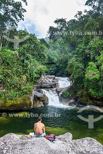 Banhista na Cachoeira do Maromba no Parque Nacional de Itatiaia  - Itatiaia - Rio de Janeiro (RJ) - Brasil