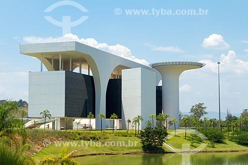 Fachada do Palácio Tiradentes - sede do Governo do Estado - na Cidade Administrativa Presidente Tancredo Neves (2010)  - Belo Horizonte - Minas Gerais (MG) - Brasil