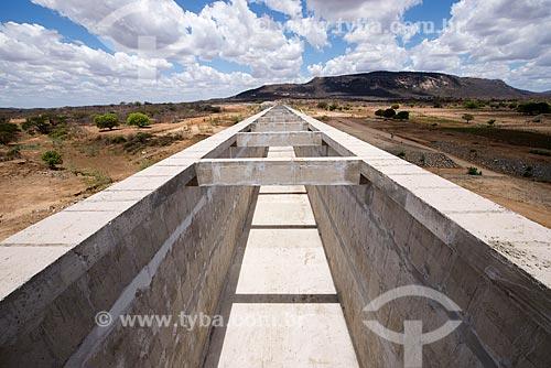 Aqueduto Mari - parte do Projeto de Integração do Rio São Francisco com as bacias hidrográficas do Nordeste Setentrional  - Cabrobó - Pernambuco (PE) - Brasil