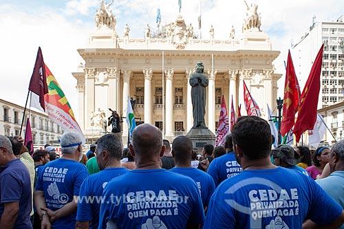 Manifestação contra a privatização da CEDAE (Companhia Estadual de Águas e Esgotos)  - Rio de Janeiro - Rio de Janeiro (RJ) - Brasil