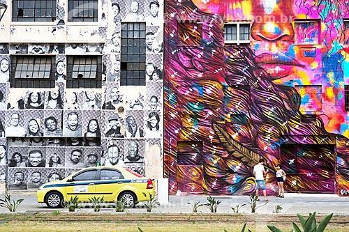 Detalhe de grafite na Orla Prefeito Luiz Paulo Conde (2016)  - Rio de Janeiro - Rio de Janeiro (RJ) - Brasil