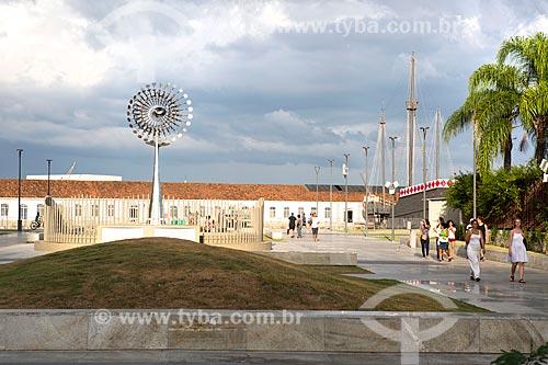 Pira dos Jogos Olímpicos - Rio 2016 na Praça da Candelária  - Rio de Janeiro - Rio de Janeiro (RJ) - Brasil