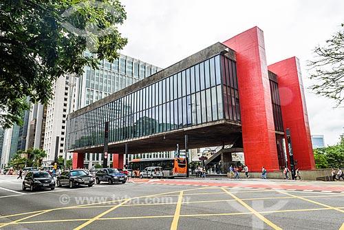 Vista do Museu de Arte de São Paulo (MASP) a partir da Avenida Paulista  - São Paulo - São Paulo (SP) - Brasil