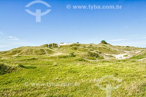 Sambaqui de Garopaba do Sul - Sítio arqueológico com cerca de 5.000 anos de idade, considerado o maior do Brasil  - Jaguaruna - Santa Catarina (SC) - Brasil
