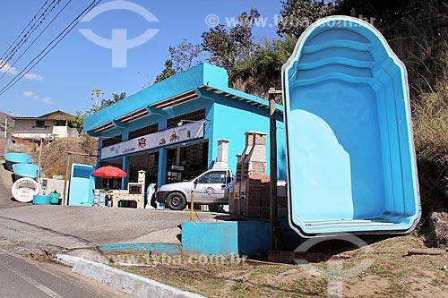 Loja de piscinas na Estrada de Rodagem União e Indústria  - Petrópolis - Rio de Janeiro (RJ) - Brasil