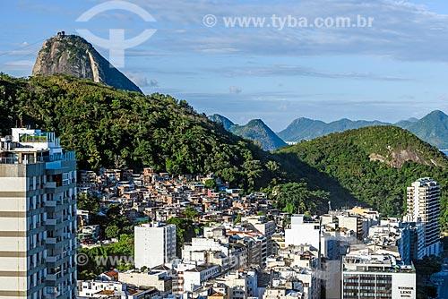 Vista do Morro Chapéu Mangueira a partir do antigo Hotel Le Meridien - atual Hotel Windsor Atlântico - com o Pão de Açúcar ao fundo  - Rio de Janeiro - Rio de Janeiro (RJ) - Brasil