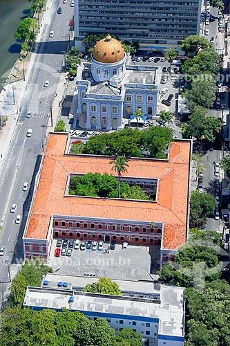 Foto aérea do Ginásio Pernambucano (1825) e da Casa de Joaquim Nabuco (1875) - sede da Assembléia Legislativa de Pernambuco (ALEPE)  - Recife - Pernambuco (PE) - Brasil