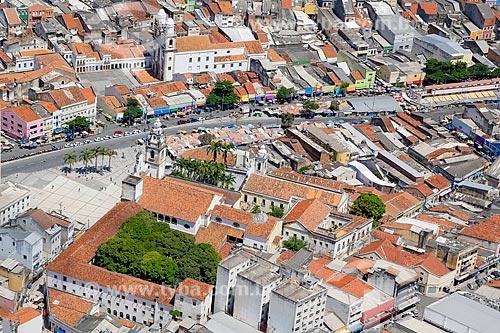 Foto aérea do bairro de Santo Antônio com a Basílica de Nossa Senhora do Carmo (1767)  - Recife - Pernambuco (PE) - Brasil