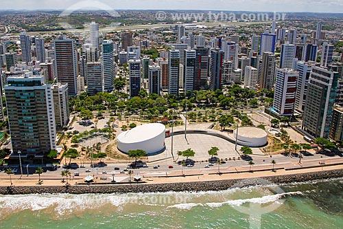 Foto aérea do Teatro Luiz Mendonça (2008) no Parque Dona Lindu (2008)  - Recife - Pernambuco (PE) - Brasil