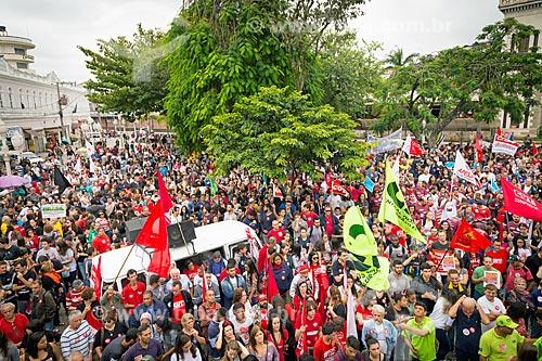 Manifestação contra a reforma da previdência proposta pelo governo de Michel Temer  - Juiz de Fora - Minas Gerais (MG) - Brasil
