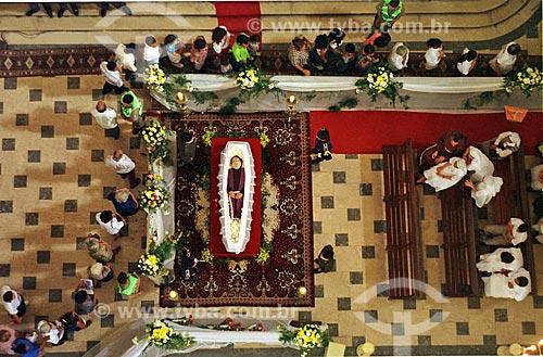 Vista de cima do velório de Frei Damião na Basílica de Nossa Senhora da Penha  - Recife - Pernambuco (PE) - Brasil