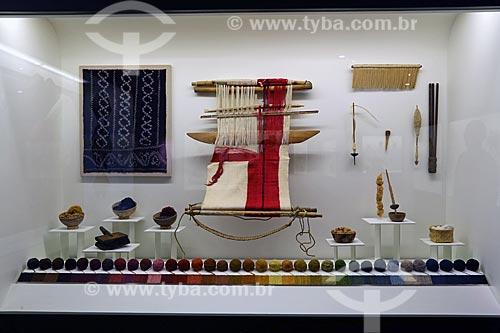 Detalhe de artefatos usados no tingimento em exibição no Museo Nacional de Antropología (Museu Nacional de Antropologia do México)  - Cidade do México - Distrito Federal - México