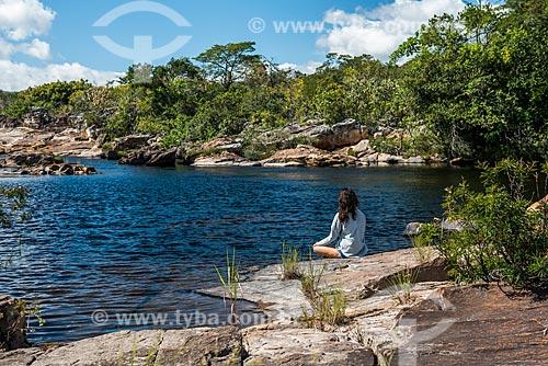 Mulher na Cachoeira do Tomé na Serra do Cipó  - Santana do Riacho - Minas Gerais (MG) - Brasil