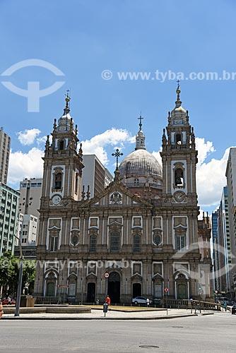 Vista da Igreja de Nossa Senhora da Candelária (1609) a partir da Praça Pio X  - Rio de Janeiro - Rio de Janeiro (RJ) - Brasil
